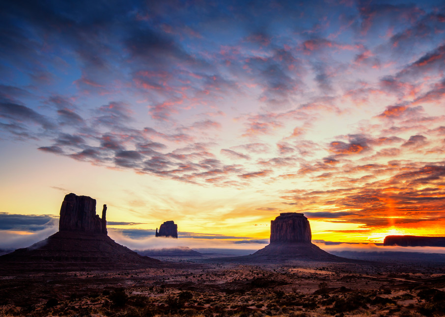 Monumental Sunrise Art   Third Shutter from the Sun Photography