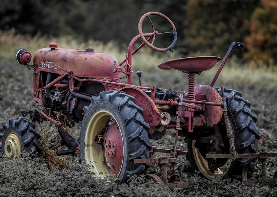 Old Tractor Art | Roost Studios, Inc.