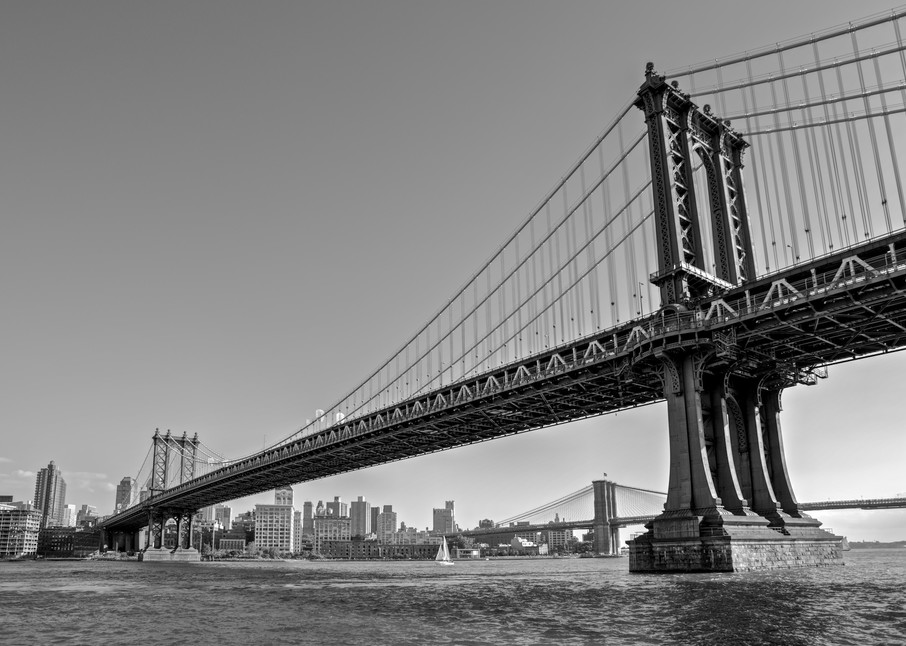 Manhattan Bridge - Brooklyn NYC New York USA   Black & White