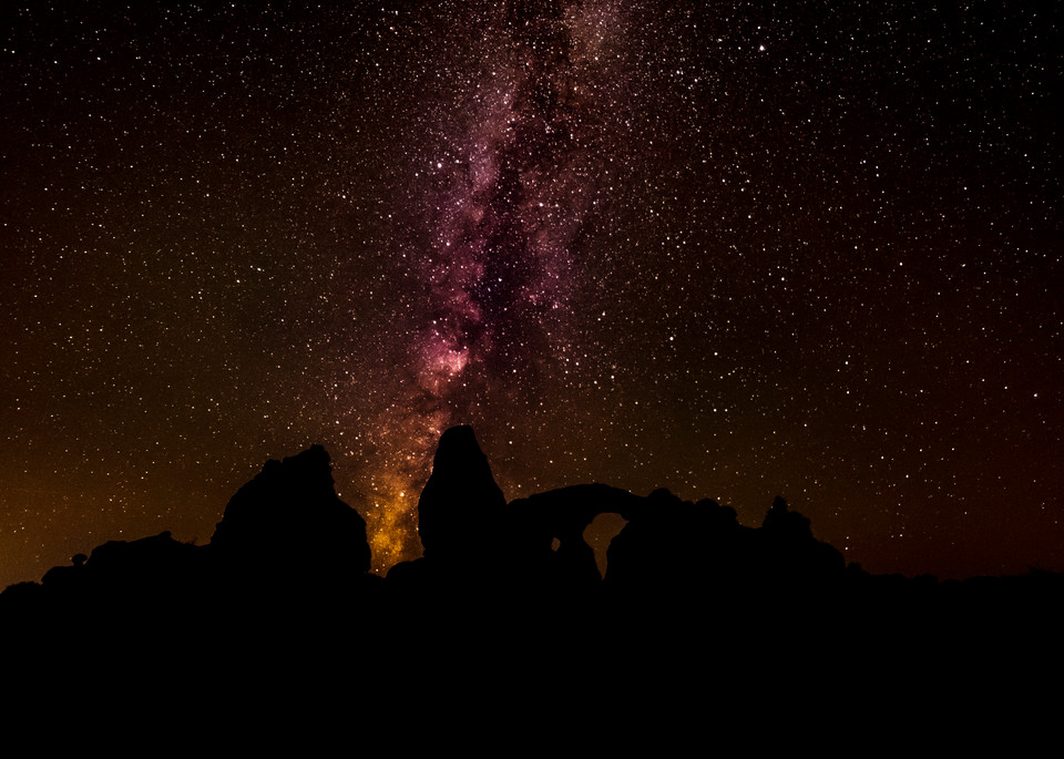 Milky Way over Turret Arch photography
