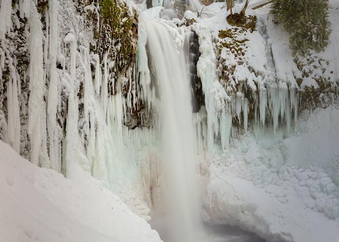 Falls Creek Falls Ice and Snow
