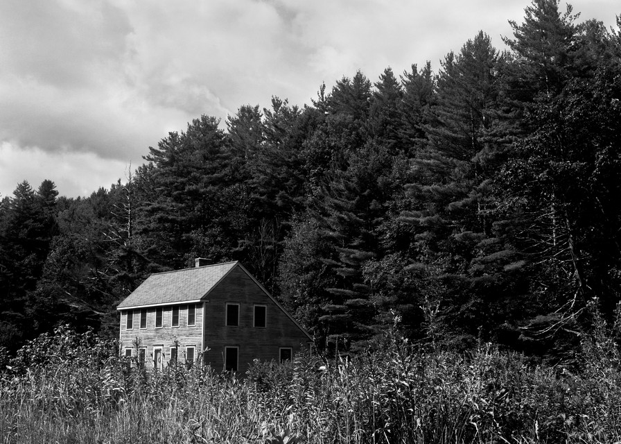 A Home In The Hills  Photography Art   Peter Welch