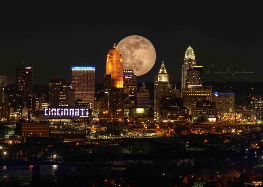 Cincinnati Wolf Moon Photography Art   Studio 221 Photography