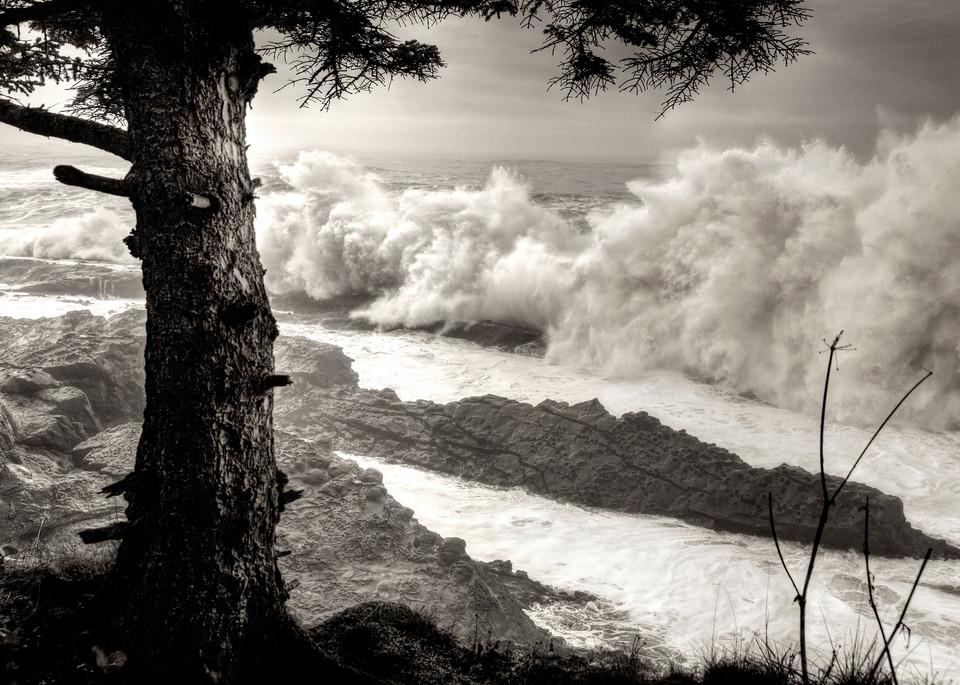 Pacific Ocean Giant Surf Coos Bay Oregon Coast