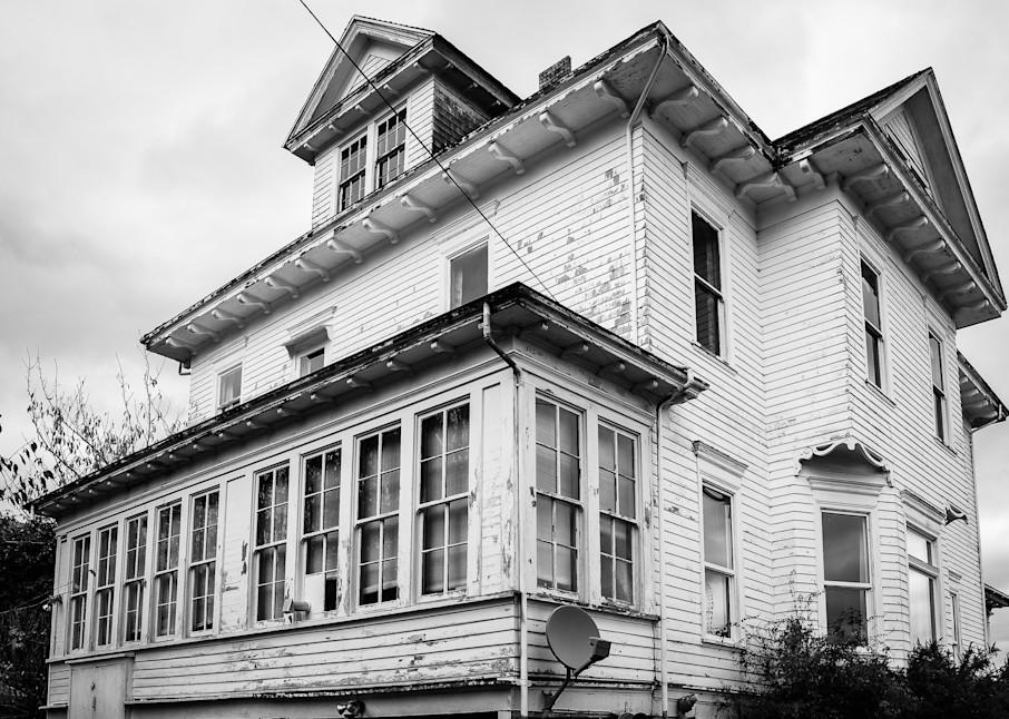 Old White House, South Bend, Washington, 2018