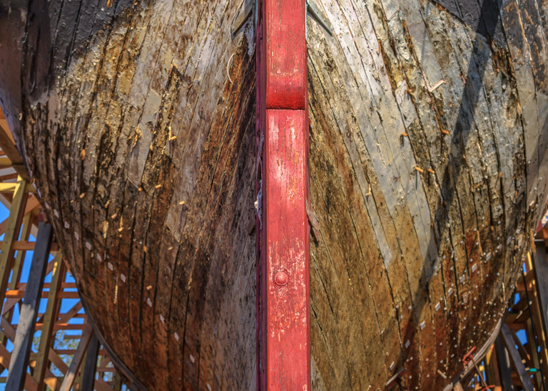 Strakes and Rudder - Barque