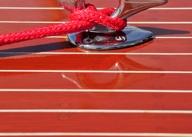 Foredeck Cleat with Red Line
