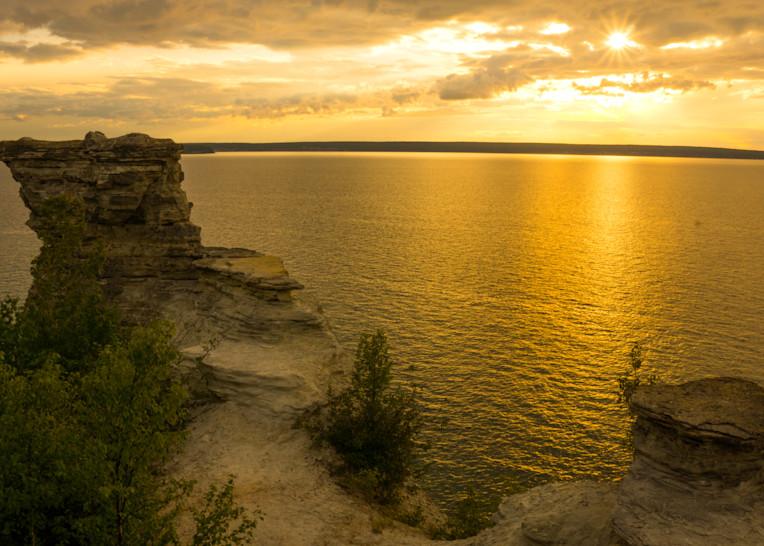 Miner's Castle Sunset, Pictured Rocks