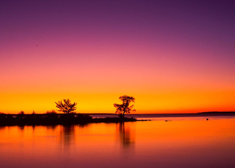 Sunrise, Tahquamenon River Mouth, Lake Superior, Michigan's Upper Peninsula. Tahquamenon Falls State Park.