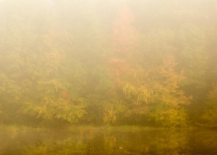 Autumn Morning, Proud Lake