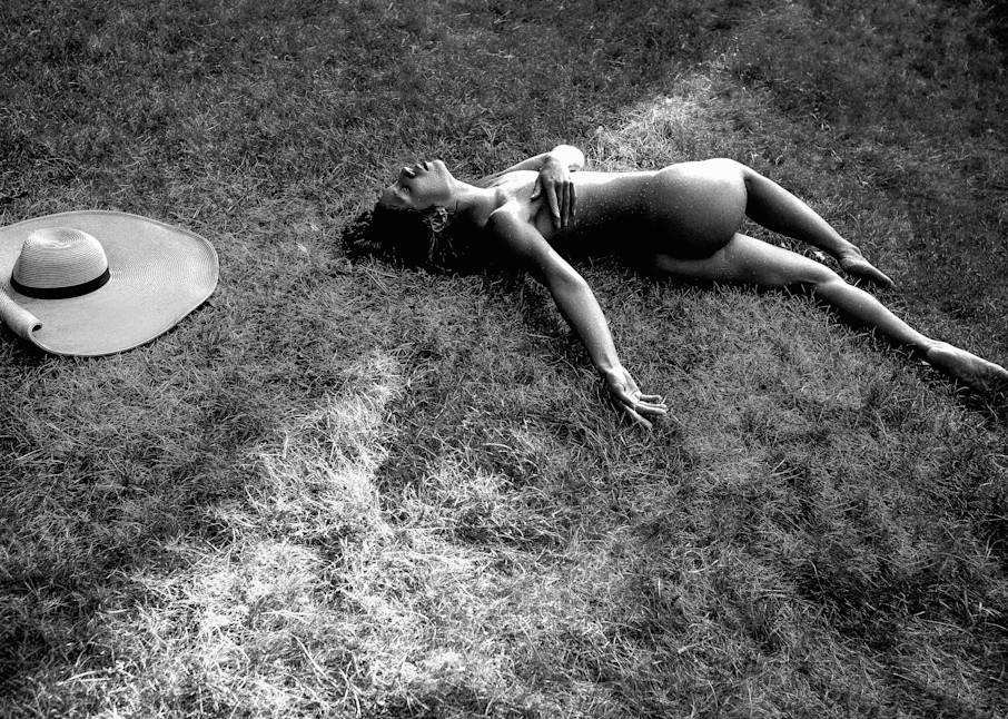 Flora Resting Hat Away Grass Bw Photography Art | LenaDi Photography LLC