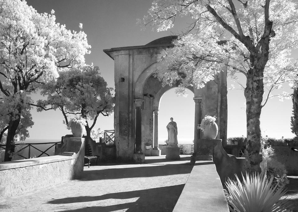 Bella Vista, Italia Photography Art | The World in Black and White