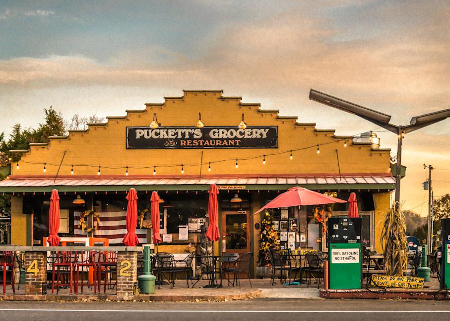 Puckett's Grocery in Leiper's Fork