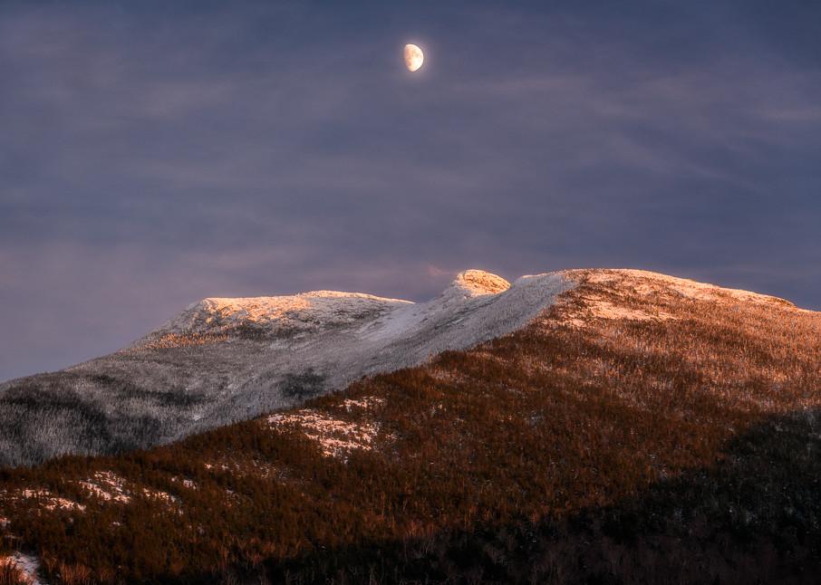 Mansfield Moon
