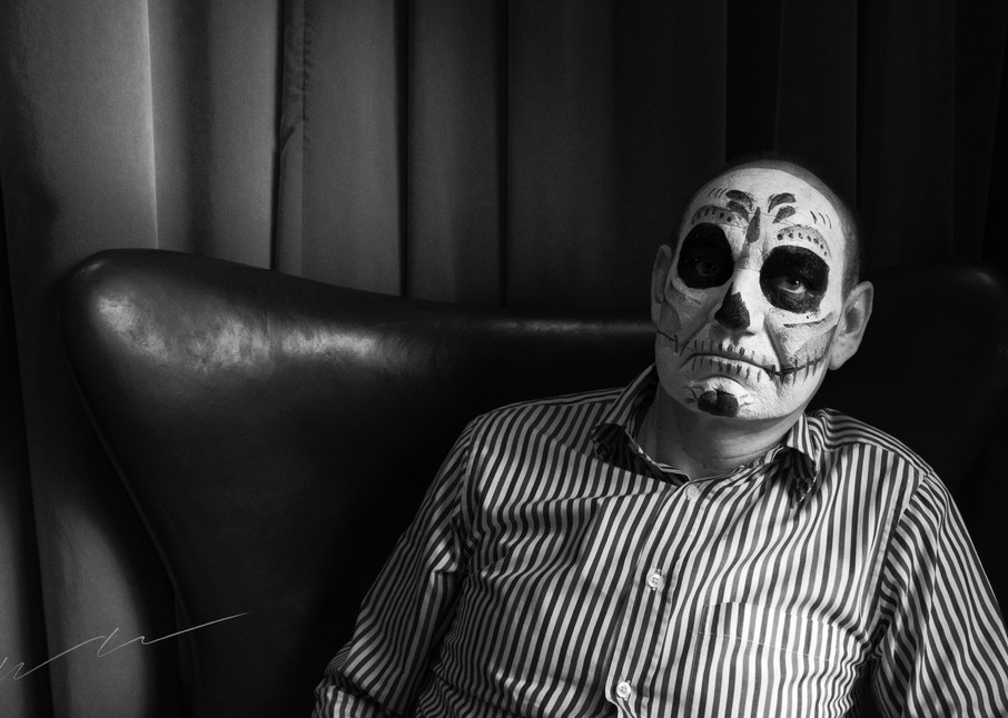 Ghoul Sentado Photography Art | Harry John Kerker Photo Artist