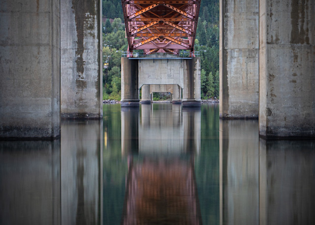 Tom Weager Photography - Underneath the BOB