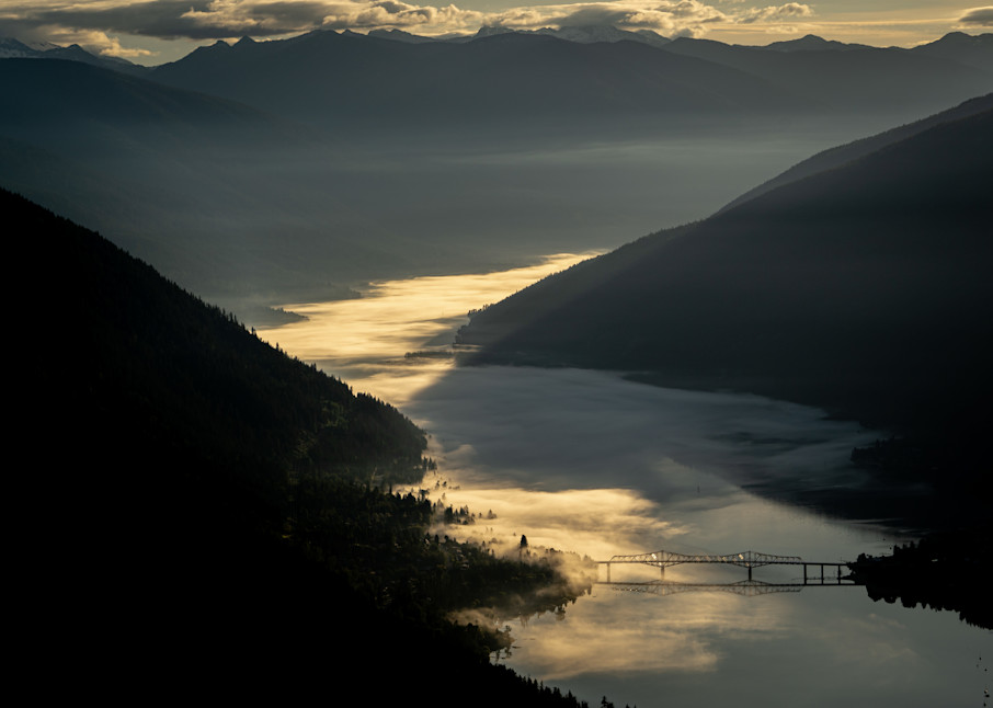 Tom Weager Photography - Solstice sunrise over Nelson BC