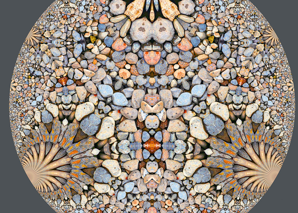 Hyperbolic Pebbles Decorative Art 2
