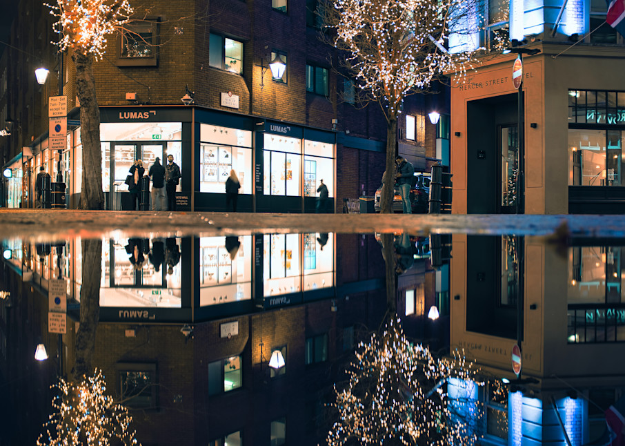 One Puddle At Seven Dials Art | Martin Geddes Photography