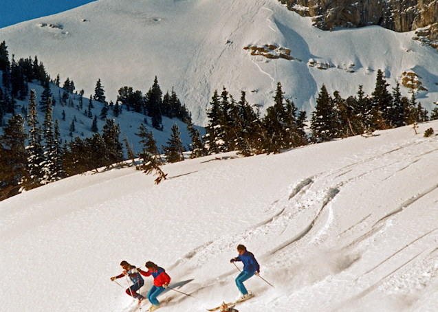 Pepi Stiegler, Claudio Gottardo, and two Swiss monoskiers