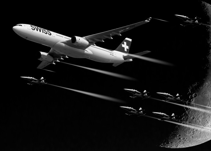 Fly-past-the-Moon - Christian Redermayer Photography