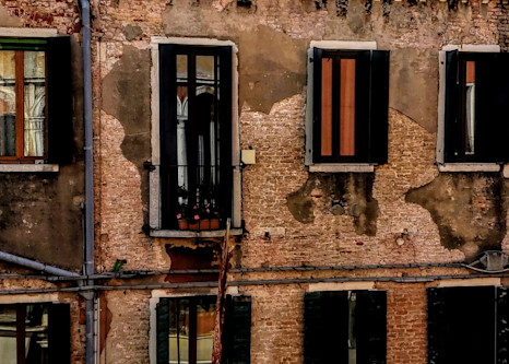 Greeting The Morning In Venice Photography Art   Photoissimo - Fine Art Photography