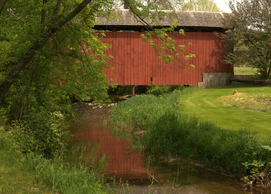 Red Covered Bridge Over A Midwestern Stream Photography Art   Lauramarlandphoto.com