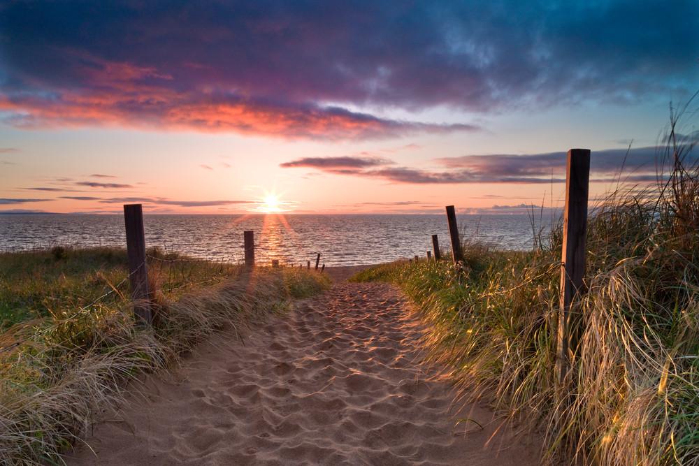 Beach Sunrise along Duluth's Park Point