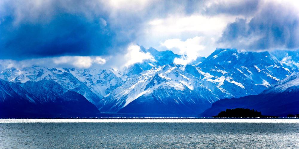 Across Lake Tepako-BSouth, New-Zealand, Lake-Tepako, Southern-Alps
