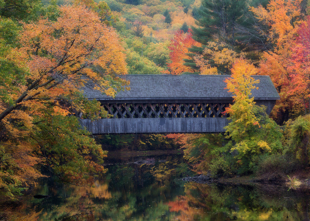 Fall color and the NEC Covered bridge