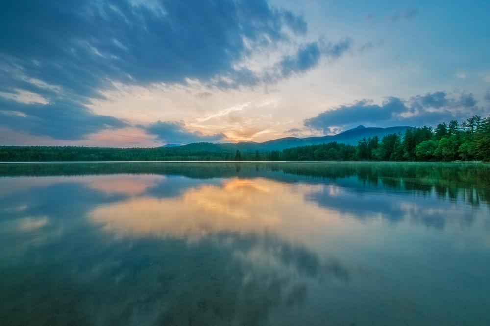 Sunset color and reflections at Lake Chocorua