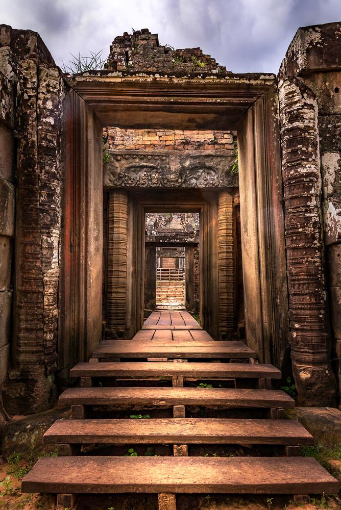 Cross the Threshold   Angkor Wat   Susan J Photography