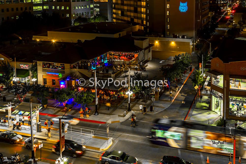 kelly downtown streetcar 30x20