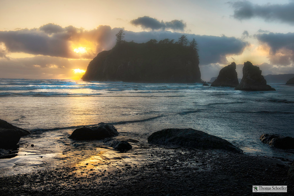 Unforgettable moment in Nature as the sun begins to set at Ruby Beach/ Fine art prints by Tom Schoeller