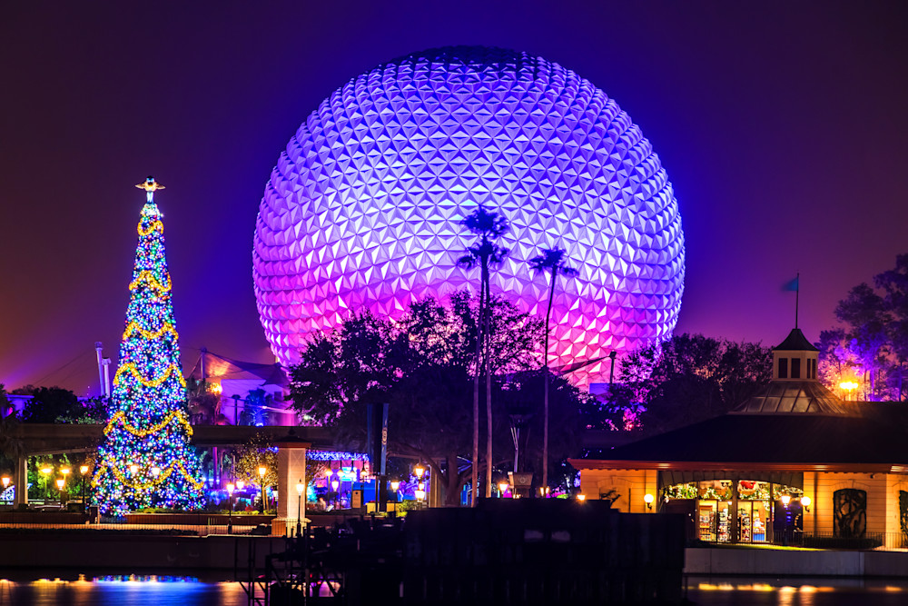 Epcot Christmastime - Disney Art Gallery | William Drew Photography
