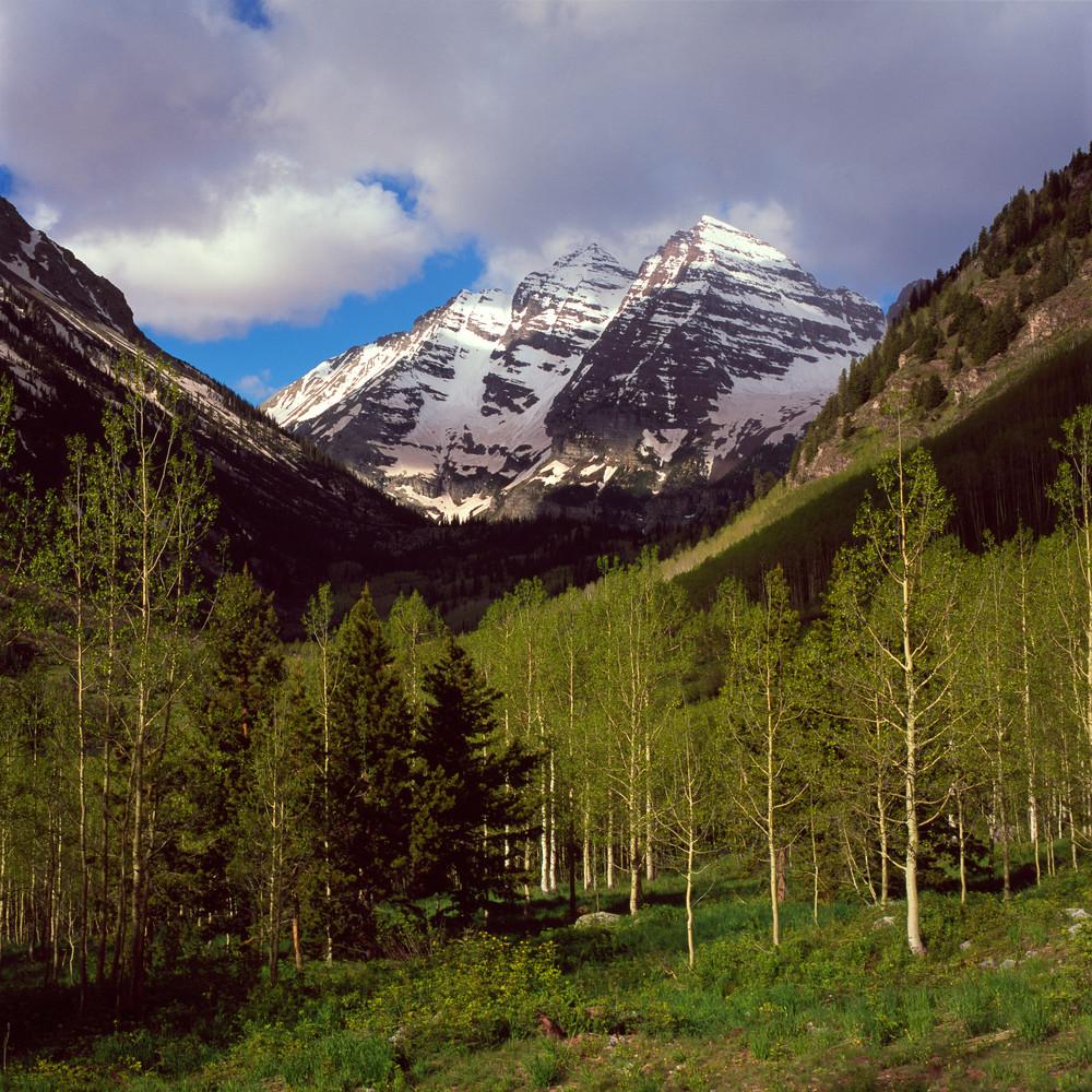 COL-T016 • Maroon Bells Colorado in Springtime