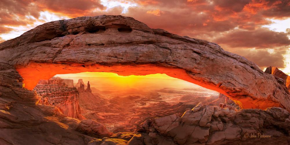 Mesa Arch Sunrise - Canyonlands National Park, UItah