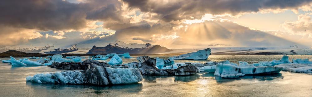 Taken Away - Iceland's Jökulsárlón Glacier Lagoon