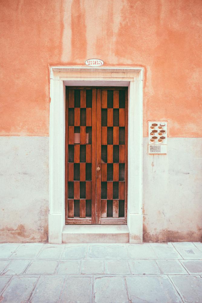 2865 Interlinked Venice | Kirby Trapolino Fine Art Photography
