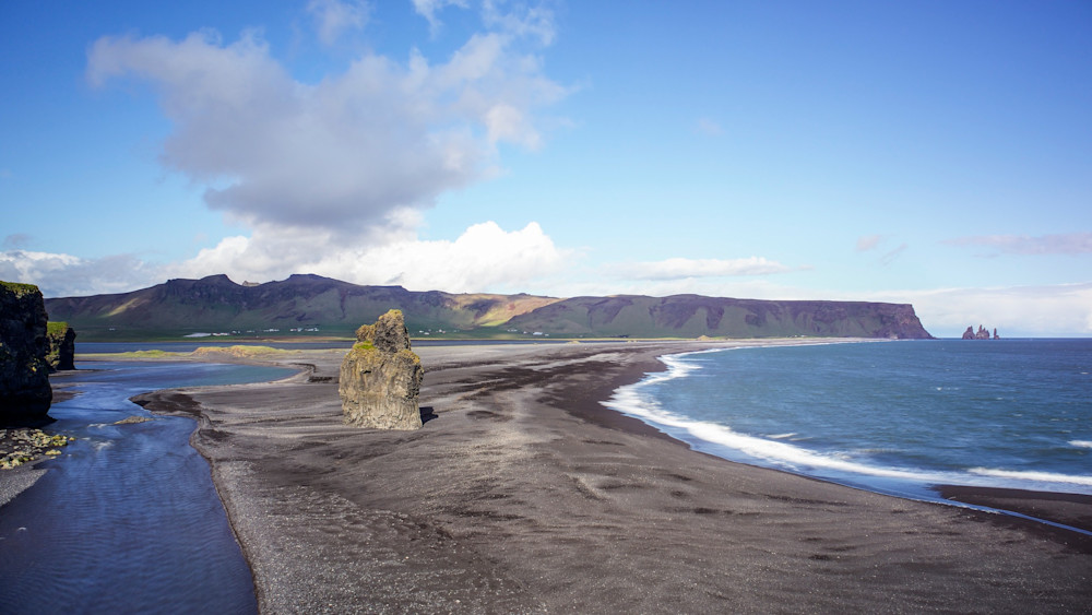Beach Pinnacle - Black Sand Beach Vik Iceland