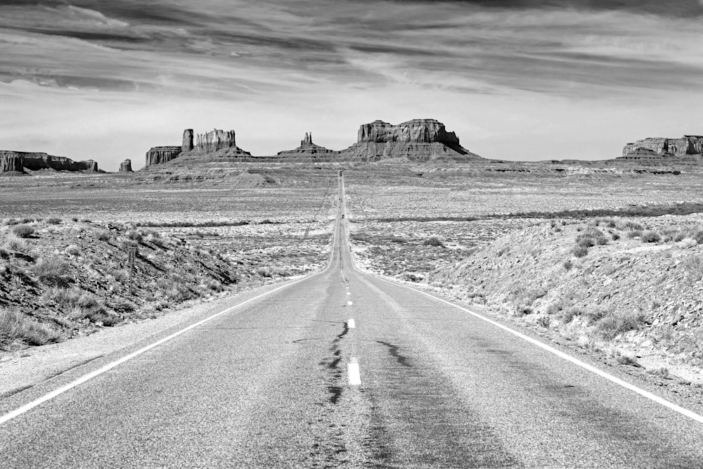 iconic road into monument valley black and white