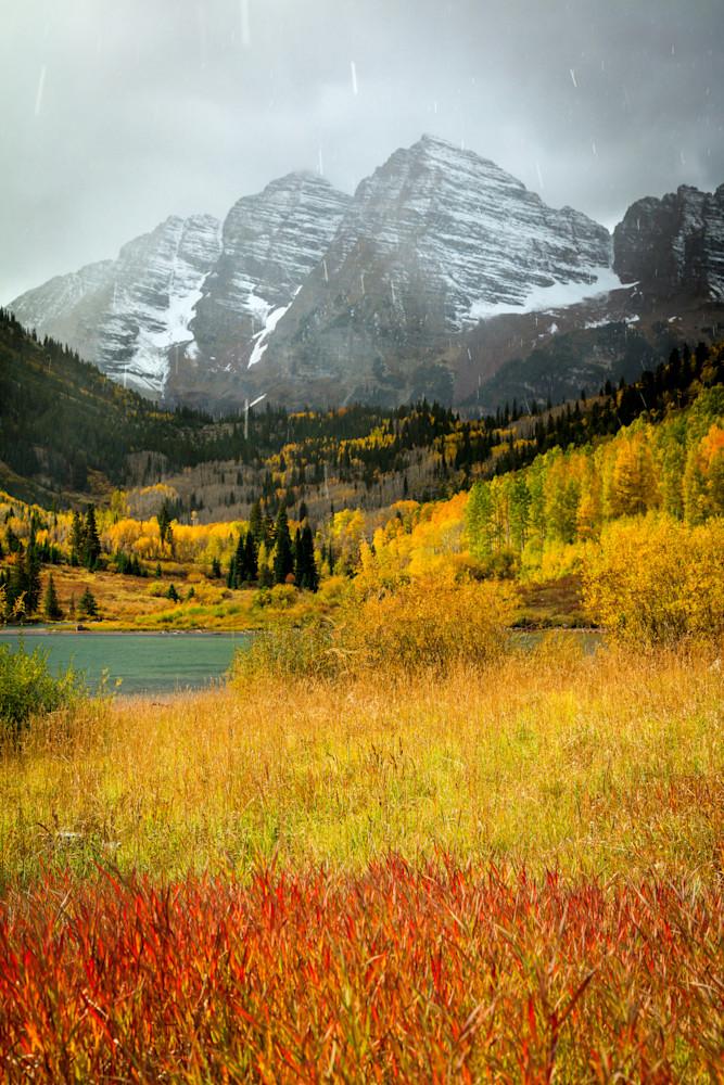 maroon bells with autumn snow