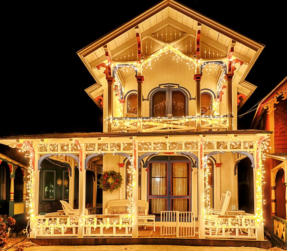 Gingerbread White Lights