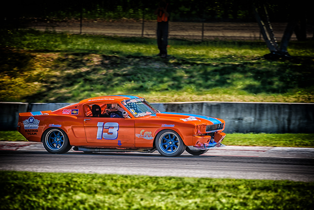 1965 Ford Mustang - Circuit - Mont Tremblant II