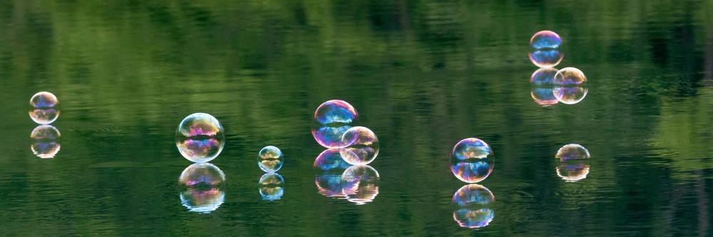 Bubbles Bubbles Bubbles Photography Art | OurBeautifulWorld.com