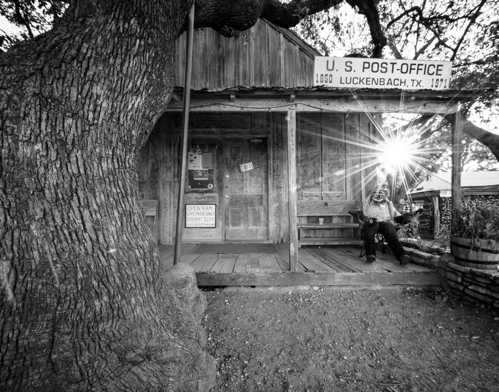 Luckenbach Texas post office in black and white