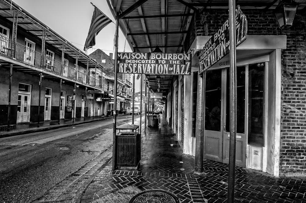 Masion Bourbon Jazz Club black and white photography