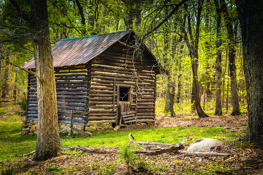 Old Tobacco Barn In Spring Photography Art | BenjieArts