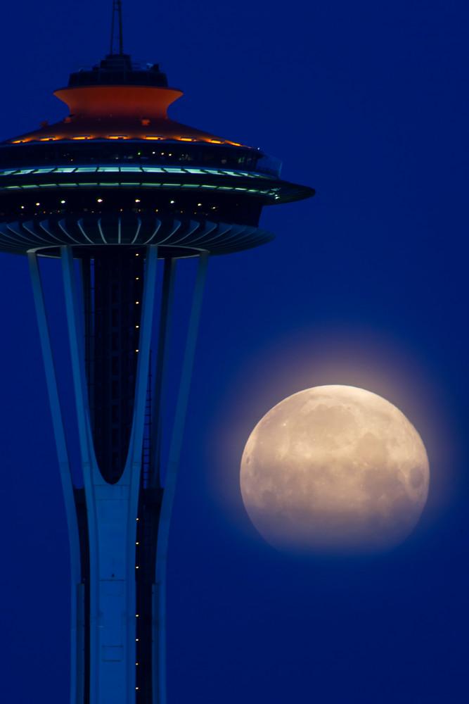 Full moon and Space Needle from Fairview Av E