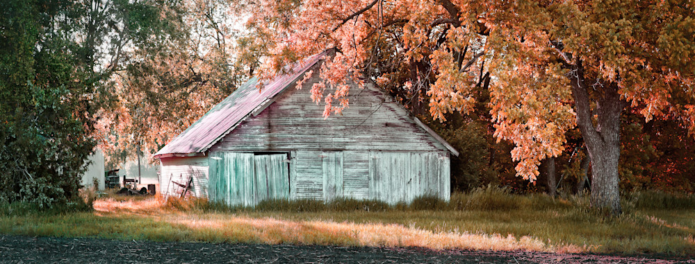Americana color photograph: Outbuilding on 21st street, by fine art photographer, David Zlotky